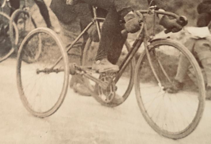 1922PostcardCloseUptrike